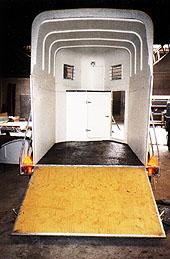 Gummigolv i trailer